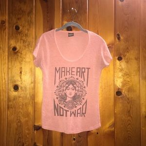 """Obey """"Make Art Not War"""" tee"""